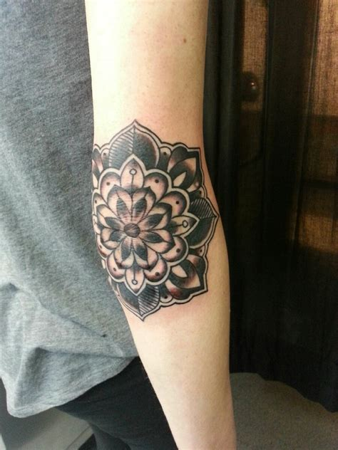 elbow flower tattoo designs cool best design ideas
