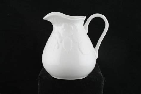 Wedgwood Strawberry and Vine Milk Jug   Chinasearch