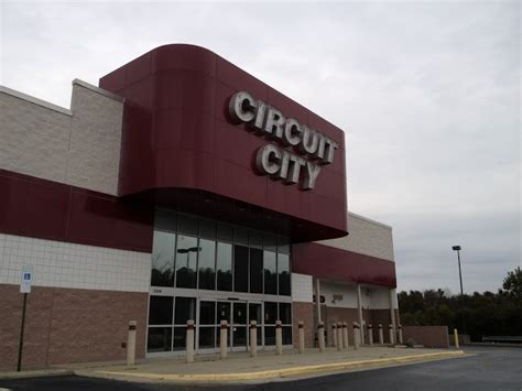 dead and dying retail circuit city in high point