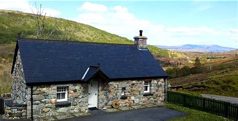fort william holiday cottage vernon s 100 best guide