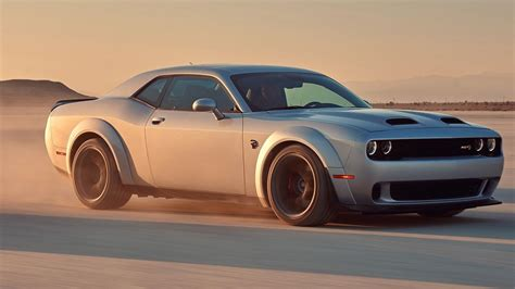 2019 Dodge Challenger News by 2019 Dodge Challenger Srt Hellcat Redeye Unveiled With