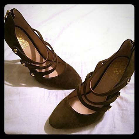 olive colored 60 vince camuto shoes olive colored