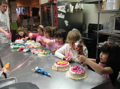 Cake Decorating Classes In Md by Cake Decorating Class Maryland