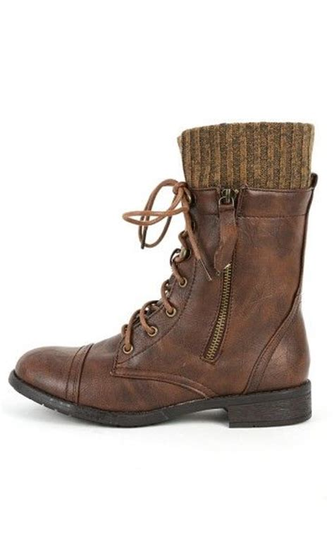 brown sweater cuff combat boots combat boots