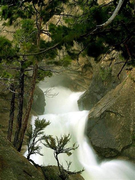 beautiful waterfalls  united states