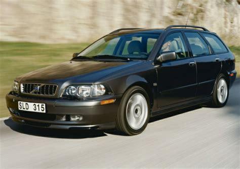 2004 volvo v40 overview cars com