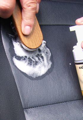nettoyage d un canapé en cuir brosse de nettoyage cuir saxer sarl centre du cuir