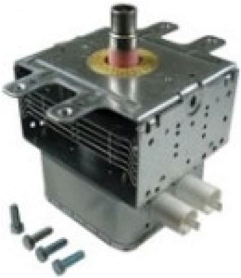 Metaal In Magnetron by 10794401 Magnetron