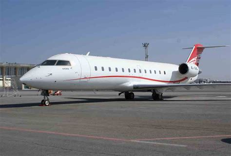 crj 100 seating bombardier crj aircraft best background wallpaper