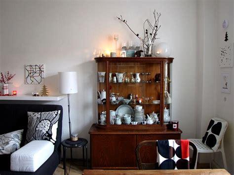 Herbstdeko Für Das Fenster by Wohnzimmer Minimalistisch Einrichten