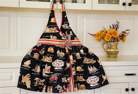 Celemek Apron Pattern aprons oven mitts on half apron aprons and janome