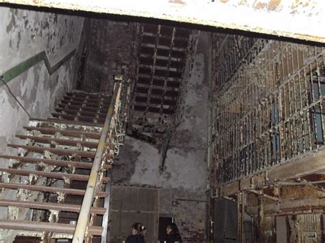 mansfield prison haunted house ohio state reformatory historic museum mansfield ohio shawshank prison overnight
