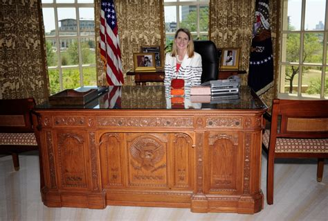 presidential desk in oval office george w bush library is topic at mckinney s owl club