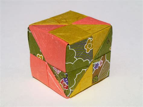 Make An Origami Cube - how to make an origami cube in 18 easy steps from japan