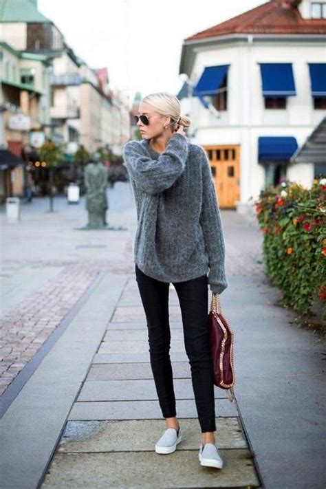 comfortable outfits for flying 17 best ideas about travel outfits on pinterest