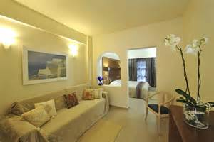 Livingroom Suites by Accommodation Of Aressana Spa Hotel Amp Suites In Fira