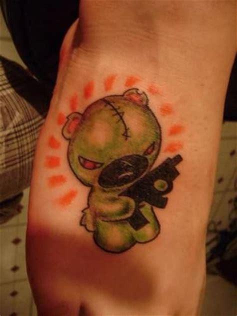 small gangster tattoos gangsta tattoos page 18