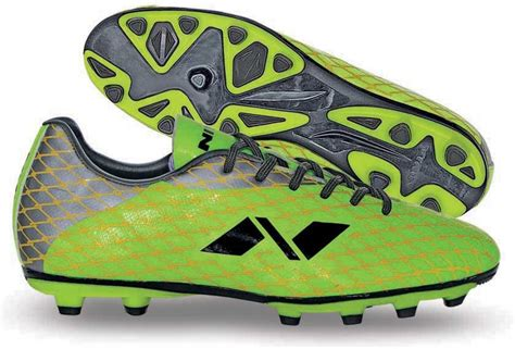 nivea football shoes nivia ditmar 1 football shoes buy green color nivia