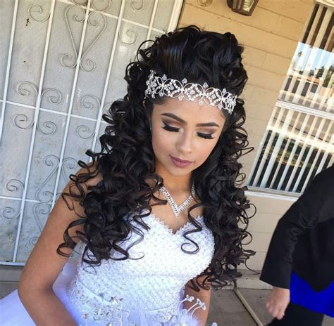 quinceaneras hairstyles curls quinceanera hairstyles with bump and curls www imgkid