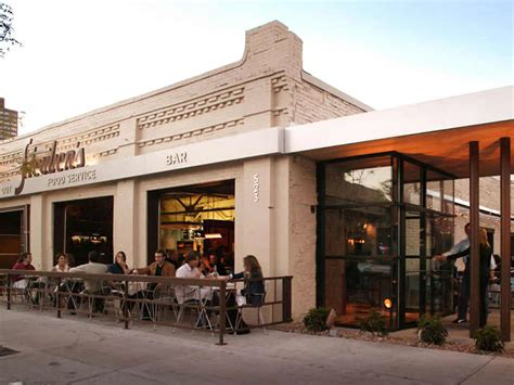 Outdoor Patio Dining Hospitality of Steubens Restaurant