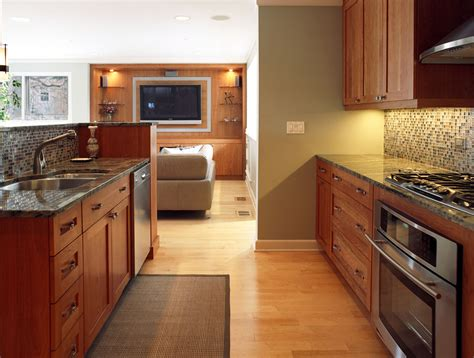 light maple shaker cabinets light maple kitchen kitchen contemporary with trends