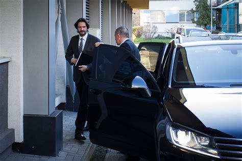 Autofolie Minister by Kaliň 225 K Sa Zahaľuje D 244 Vodom Je Bezpečnosť Auto Sme Sk