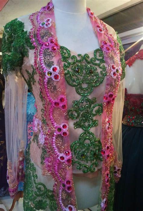 Seprei Set Tencel Bunga Pink Biru ungu putih pink hijau dan motif motif yang dinamis seperti