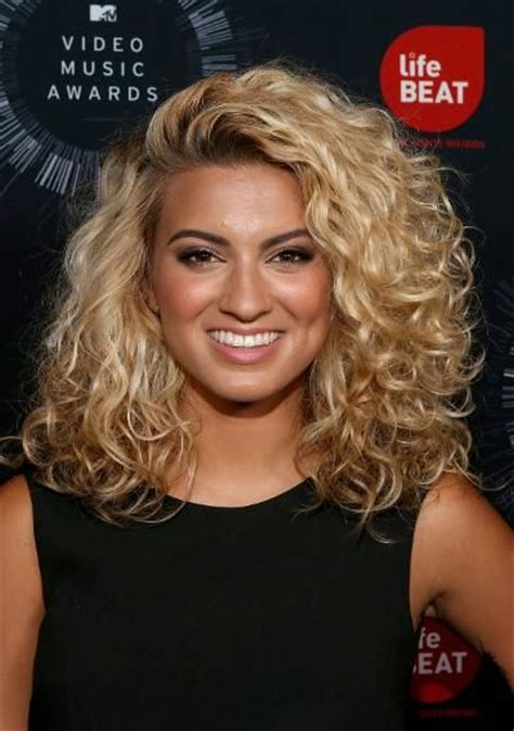 western singers blonde highlight hairstyles 25 best ideas about famous singers on pinterest singers