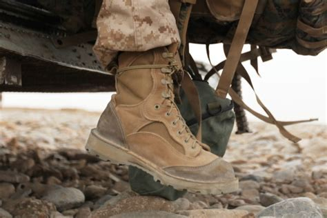 marines to start issuing rat boots to recruits in october