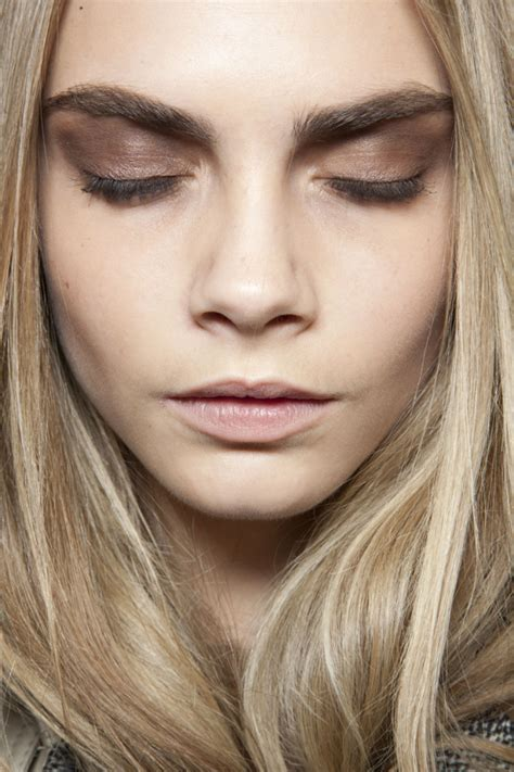 The Model Eyebrow by Cara Delevingne S Eyebrows An Homage Lippy In