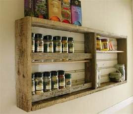 armoire en bois de palette mzaol