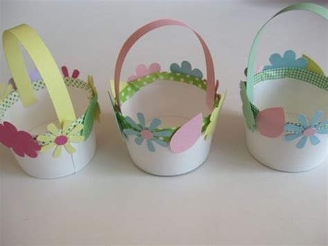 easter basket craft how to make mini easter baskets