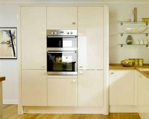 it gloss cream slab kitchen ranges kitchen rooms trowbridge kitchens