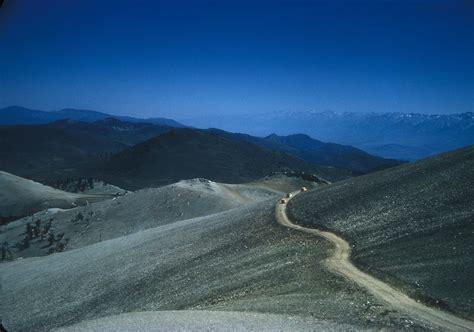 Yellow Ca Lookup File White Mountains Inyo County California Jpg Wikimedia Commons