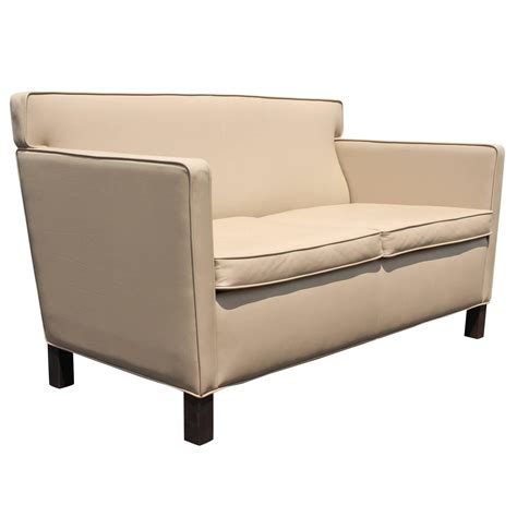 mies sofa mies van der rohe sofa legendary furniture design by mies