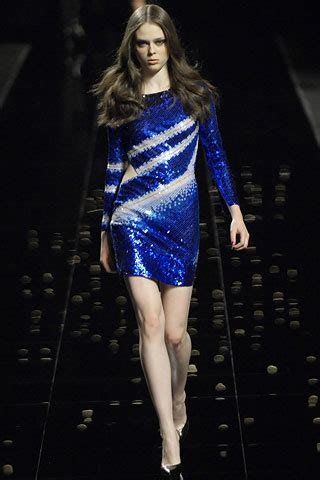 It Or Loathe It Minogue In Emanuel Ungaro Ss 07 by Look From Emanuel Ungaro Fall 2007 It Or It