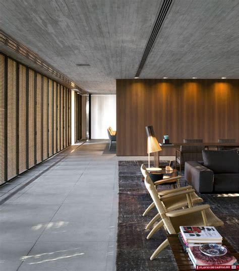 minimalist p house   concrete  wood interiorzine