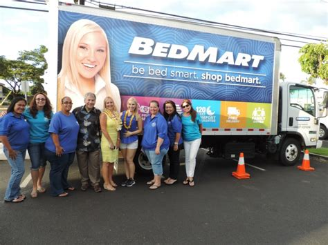 bed mart maui now bedmart donates mattresses to maui family support services