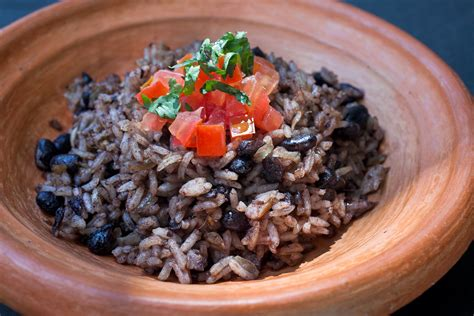 costa rica cookbook learn to cook costa food for newbies books gallo pinto hispanic kitchen hispanic kitchen