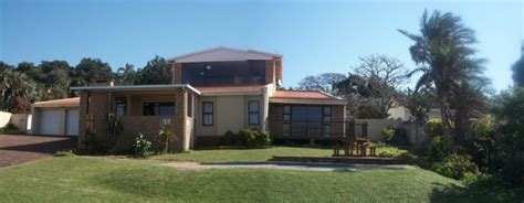 houses kzn south coast 18 sleeper 8 bedroom front home in palm kzn accommodation