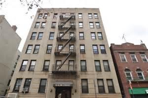 Apartment Brokers Bronx Ny 92 East 208th Harlington Realty Co Llc Rentals