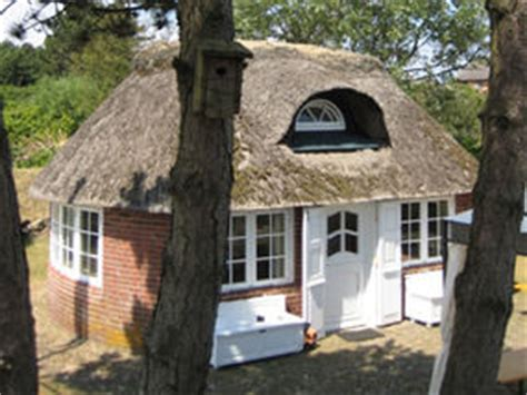 most expensive tiny house tiny cottage is the most expensive house in world weird news express co uk