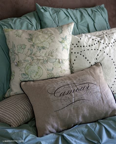easy diy envelope pillow covers by lia griffith project