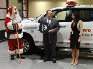 Don Joseph Toyota Toyota Dealer Helps Santa Just In Time For The Holidays