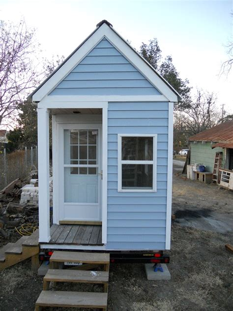 tiny houses austin jetson green building an austin tiny house video