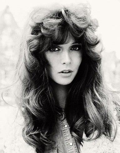 feathered 1970 hair we want the 70s hair styles back ways to master the