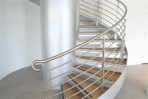 Metal Balustrade Stain04
