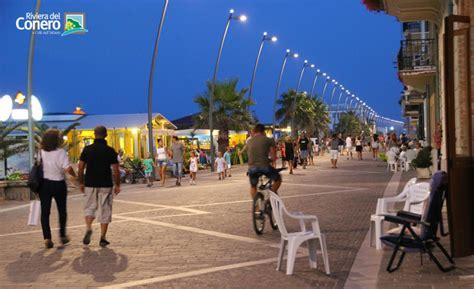 negozi porto recanati porto recanati a seaside town in the conero riviera