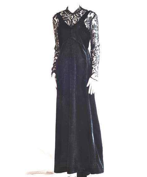 Cvic Dress Button Lace Jumper a 1930 s bias cut jumper style velvet lace dress with
