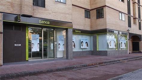oficinas bankia en granada bankia pone a la venta 500 locales comerciales en toda